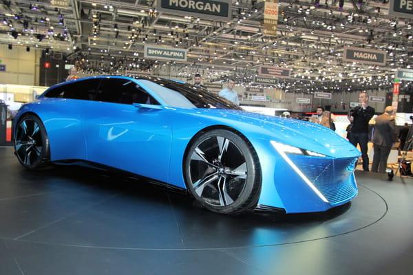 Chez Peugeot, le magnifique Instinct Concept est la star - Salon de Genève ©G.Bardou/Linternaute.com