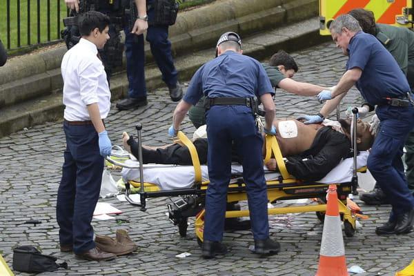 Une photo de l'assaillant présumé publiée par le Daily Mirror - Attentat de Londres ©Stefan Rousseau/AP/SIPA