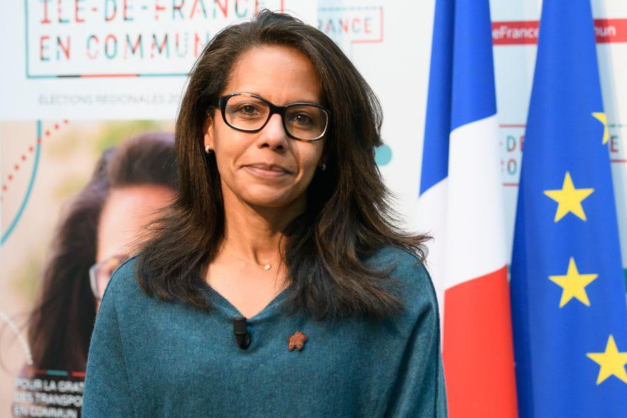 Audrey Pulvar en campagne pour les élections régionales. Crédits : Jacques Witt/SIPA