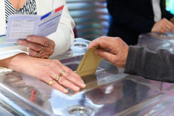 Nouveau sondage : Zemmour donné au 2e tour par Harris Interactive - Présidentielle 2022 ©Jacques Witt/SIPA