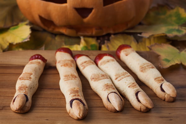 Les Doigts de Sorcière, la recette facile et tendance d'Halloween - Halloween ©GreenArt / Adobe Stock