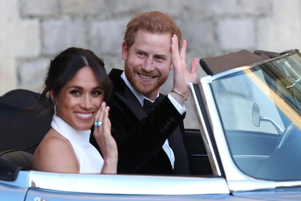 Meghan Markle portait une bague de Lady Di - Mariage prince Harry Meghan Markle ©